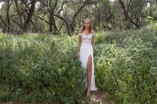 limor-rosen-2017-iris-wedding-dress-off-the-shoulder-sleeves-with-slit-skirt-birds-of-paradise
