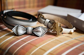 dog-accessories-for-the-wedding-collars-with-leather-bows