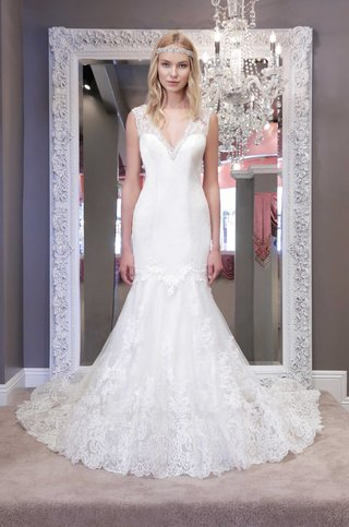 winnie-chlomin-2016-v-neck-wedding-dress-with-lace-trumpet-skirt-and-thick-lace-straps