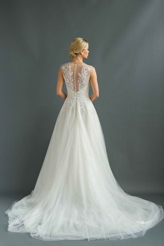 sabrina-dahan-2016-back-of-a-line-wedding-dress-with-illusion-back-and-buttons