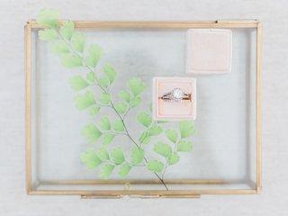 engagement-ring-round-diamond-pink-box-california-boho-chic-wedding-styled-shoot-band-halo