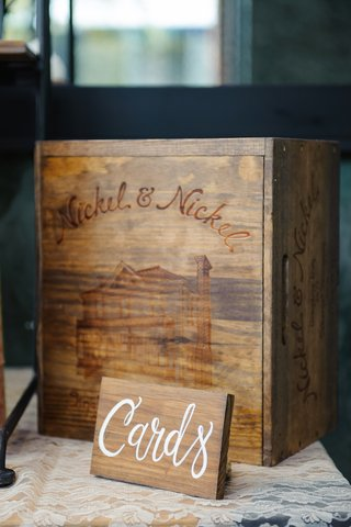 wooden-crate-with-etching-of-home-for-gifts-and-cards