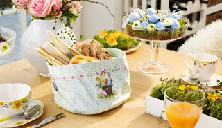villeroy-boch-easter-breakfast-table-items-tea-cup-easter-tote-bag-floral-detailing