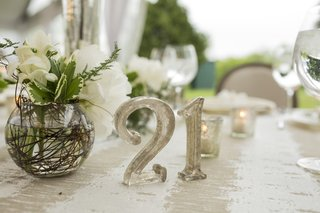offbeat-metallic-table-number-silver-funky-unique-wedding-reception-lettering-outdoor