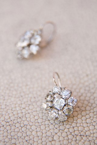 wedding-jewelry-bridal-ceremony-earrings-diamond-cluster-earrings