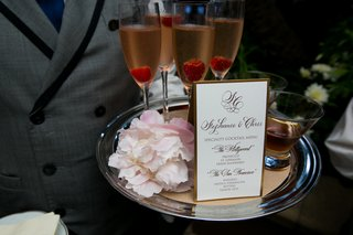 tray-passed-whisky-and-champagne-signature-wedding-cocktails
