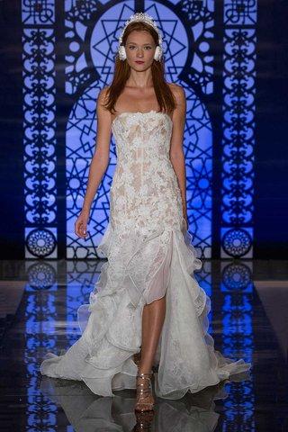 reem-acra-bridal-fall-2016-strapless-corset-drop-waist-bodice-with-ruffle-skirt