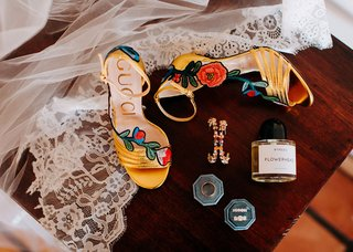 wedding accessories for bride gucci shoes embroidered roses colorful earrings and wedding bands