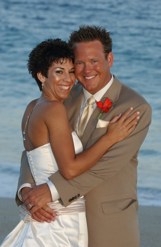 newlyweds-married-in-cabo-san-lucas-mexico