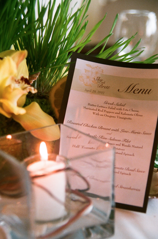 hawaiian-flower-motif-wedding-menu-card