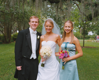 brooke-anderson-with-young-bridesmaid-and-groomsman