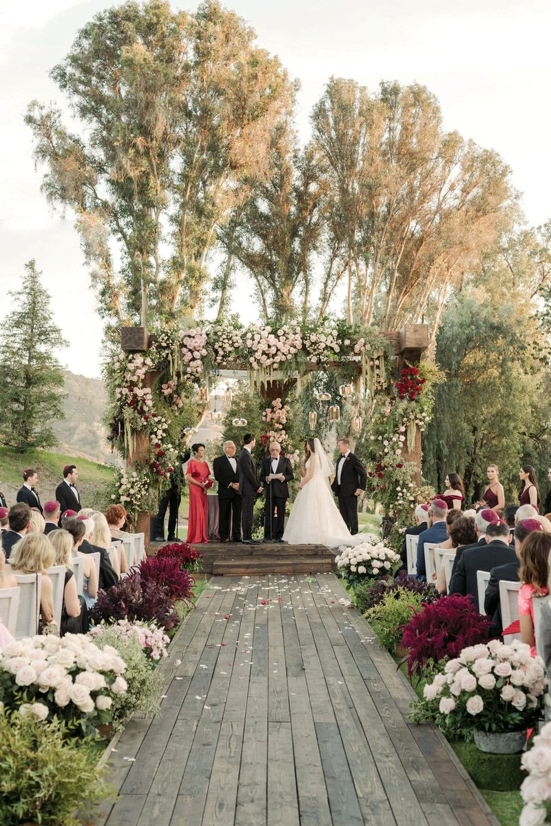 Fall-Inspired Wedding Ceremony