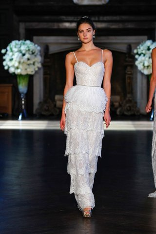 alon-livne-white-fall-2016-spaghetti-strap-bodice-with-tiered-lace-skirt-and-ostrich-belt