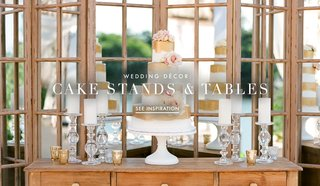 wood-wedding-cake-stands-tables-and-pedestals
