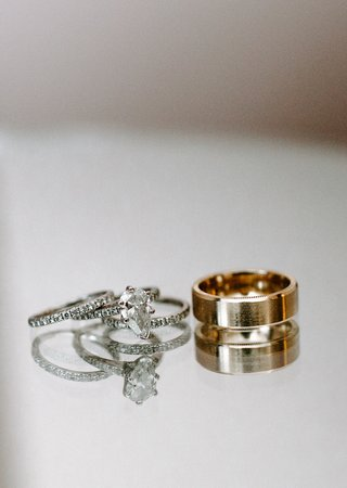wedding-rings-diamond-bands-stacking-and-teardrop-pear-shape-diamond-gold-mens-band