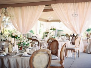 romantic-wedding-decor-at-westin-hilton-head-islands-oceanfront-pavilion