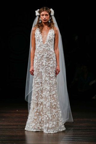 naeem-khan-bridal-fall-2017-fez-v-neck-wedding-dress-open-back-frayed-organza-flower-appliques