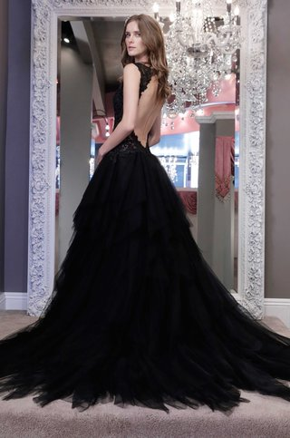 winnie-chlomin-2016-black-wedding-dress-with-open-back-and-organza-skirt