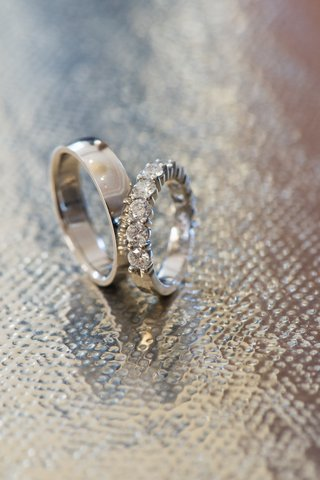 brides-round-cut-diamond-band-and-mens-band