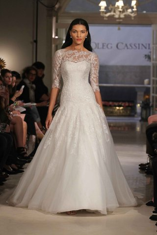 oleg-cassini-spring-2016-three-quarter-lace-sleeves-with-embroidered-skirt
