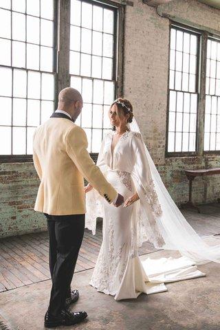 pia-toscano-american-idol-jimmy-ro-smith-jennifer-lopez-wedding-embrace-unique-gown-michael-costello