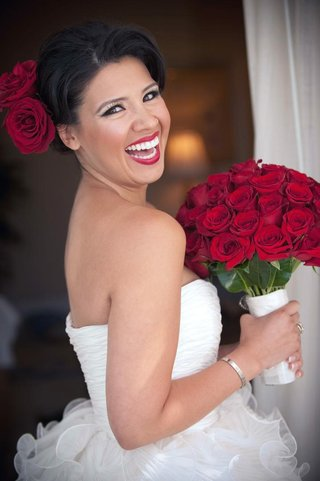 red-rose-bouquet-and-dark-red-lipstick