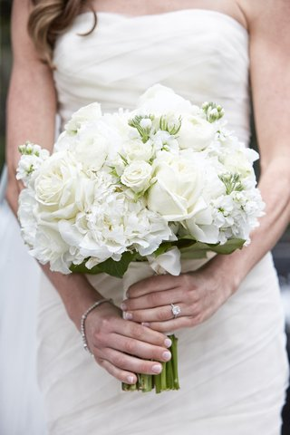 white-bridal-bouquet-with-roses-and-other-blossoms