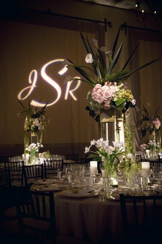 wedding-reception-flower-arrangement-with-tulip-and-rose-flowers