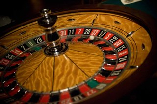 roulette-table-at-ballroom-wedding-reception