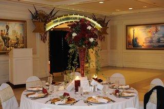 american-adventure-rotunda-room-wedding-reception