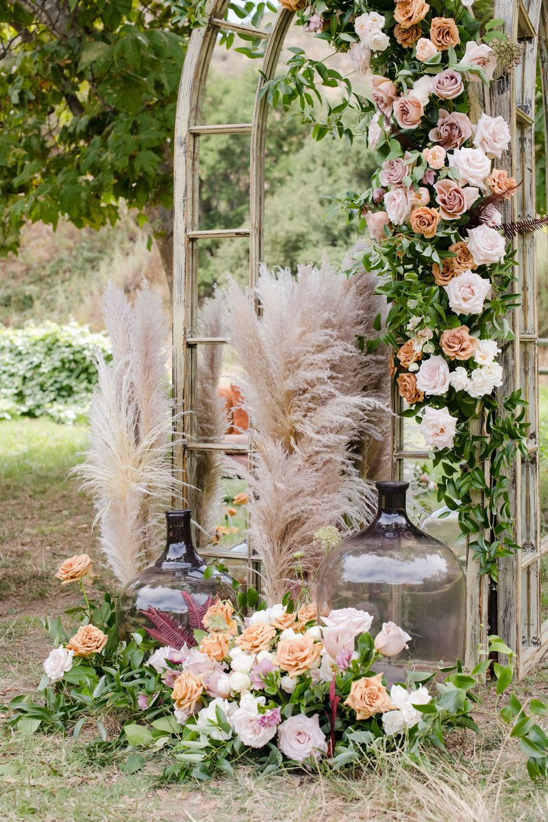 Dusty Rose Ceremony Décor