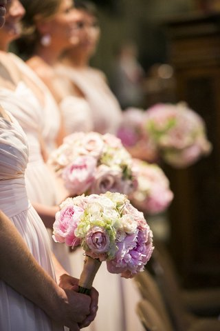 peony-and-hydrangea-bridesmaid-bouquet-in-pink-and-white