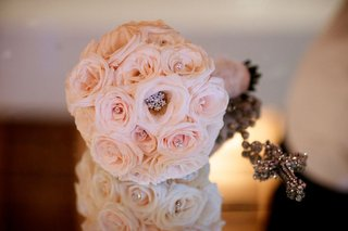 courtney-mazzas-sparkling-bridal-bouquet