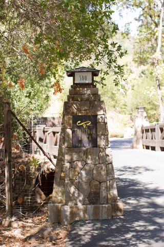 tree-shaded-entrance-to-calistoga-ranch-in-the-napa-valley