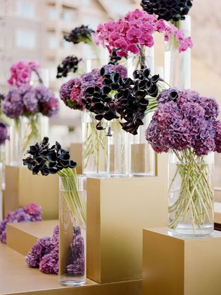 wedding-ceremony-outdoor-fall-wedding-ideas-gold-risers-stage-with-purple-flowers-in-vases