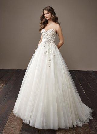 badgley-mischka-bride-2018-collection-wedding-dress-bernadette-strapless-a-line-ball-gown-tulle
