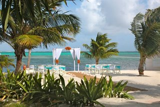 las-terrazas-resort-in-belize-wedding-ceremony