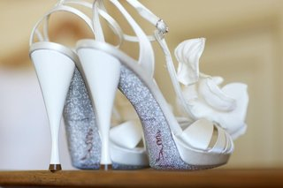 rene-caovilla-ivory-heels-with-silver-glitter-on-sole