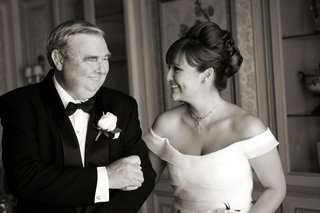 black-and-white-photo-of-father-of-the-bride