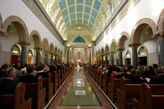 guests-in-pews-at-the-immaculata-parish-in-san-diego