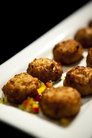 tray-passed-croquettes-with-colorful-peppers