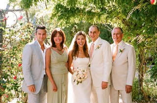 bride-and-groom-with-family-at-ojai-wedding