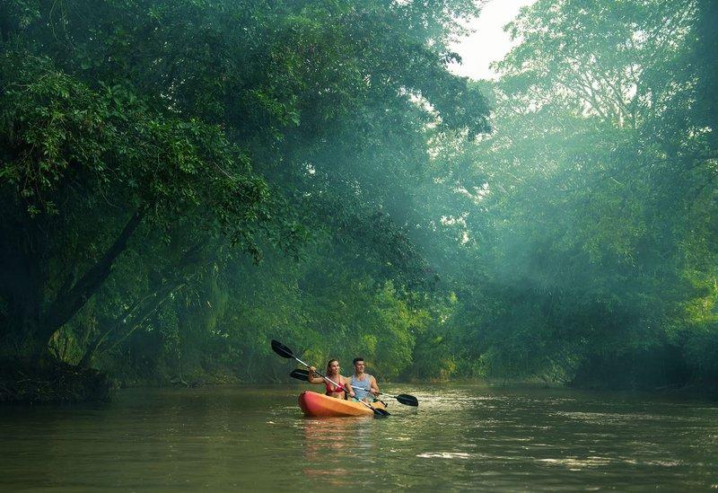 ORIGINS Luxury Lodge - Kayaking in River