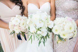 bride-bridesmaid-bouquets-white-pink-daisies-leaves-green-orchids