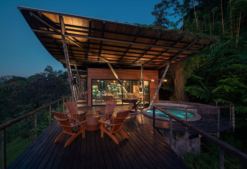 ORIGINS Luxury Lodge - Villa Vertigo Private Terrace with Hot Tub