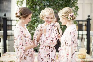 bride-and-bridesmaids-in-flowered-robes