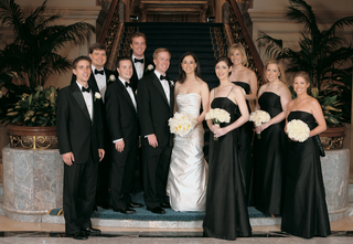 bride-and-groom-with-bridal-party-at-the-four-seasons-hotel-chicago