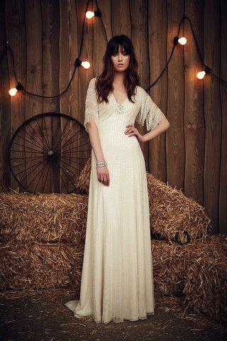jenny-packham-2017-bridal-collection-savannah-sheath-wedding-dress-v-neck-short-half-sleeves