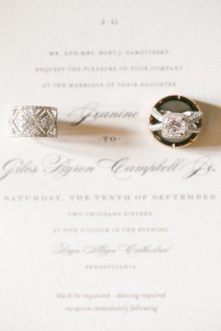 large-womens-wedding-band-cushion-cut-diamond-ring-in-halo-criss-cross-setting