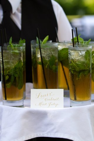 grooms-signature-wedding-drink-with-mint-garnish